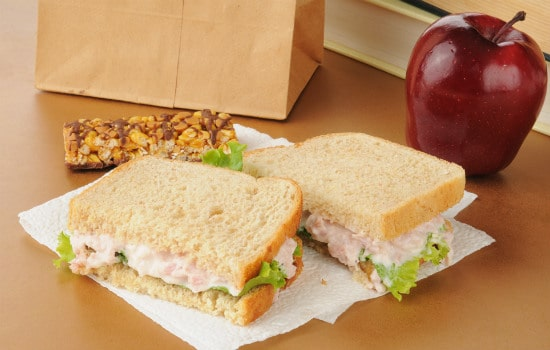 Pack a Brown Bag Lunch to Save Money
