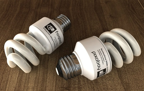 Save Money by Using Energy Efficient Light Bulbs