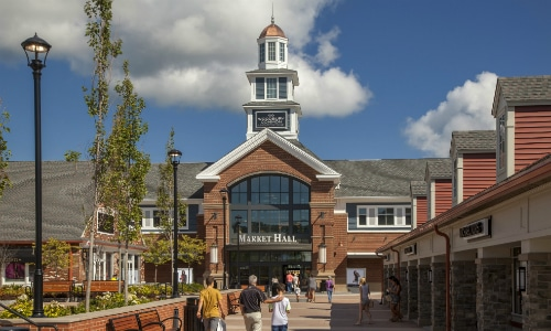 Woodbury Common Premium Outlets Central Valley New York