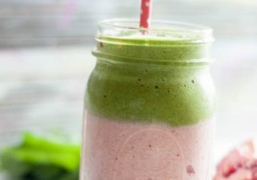 Strawberry Pomegranate Green Smoothie Recipe