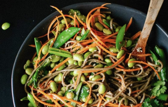 Vegan Sugar Snap Pea and Carrot Soba Noodles Recipe