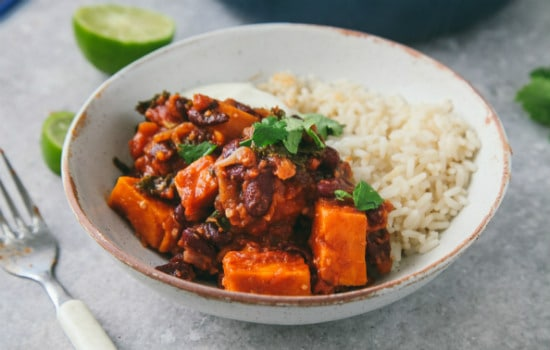 Vegan Sweet Potato and Kale Chili Recipe