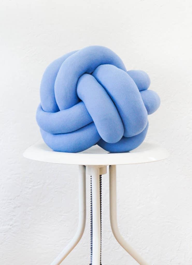 Knot Pillow Craft